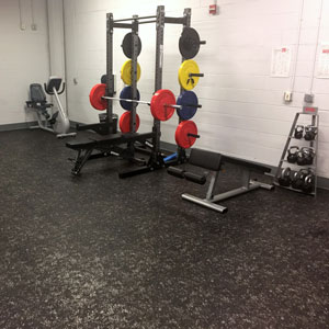 Deko rubber flooring under workout equipment